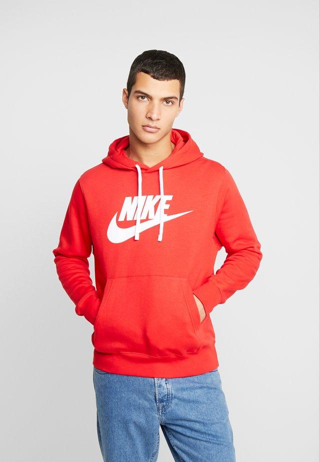 CLUB - Hoodie - university red/ white