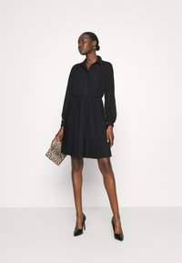 Closet - PLEATED DRESS - Shirt dress - black