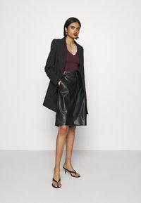 New Look - Maglietta a manica lunga - dark burgundy - 1