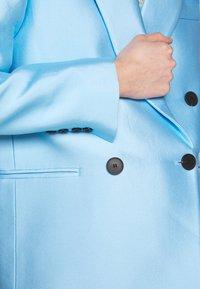 DESIGNERS REMIX - HAILEY - Short coat - sky blue - 9