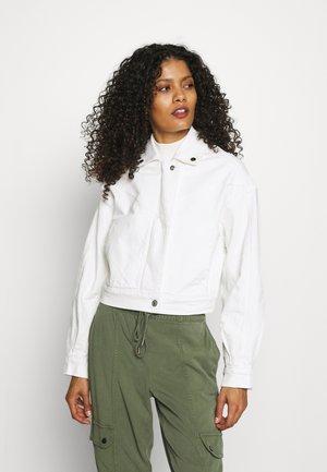 CROPPED PUFF SLEEVE - Denim jacket - white
