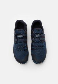 Merrell - TRAIL GLOVE 6 - Zapatillas de trail running - poseidon - 3