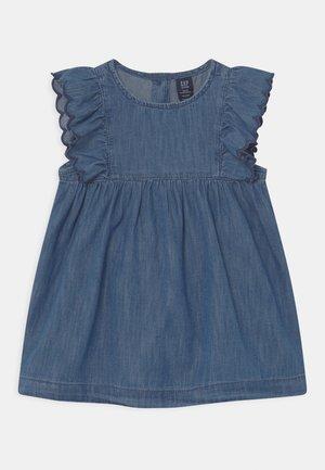 SCALLOP SET - Denim dress - ladybug union blue