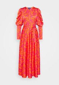 Cras - KAROCRAS DRESS - Sukienka letnia - flower field - 0