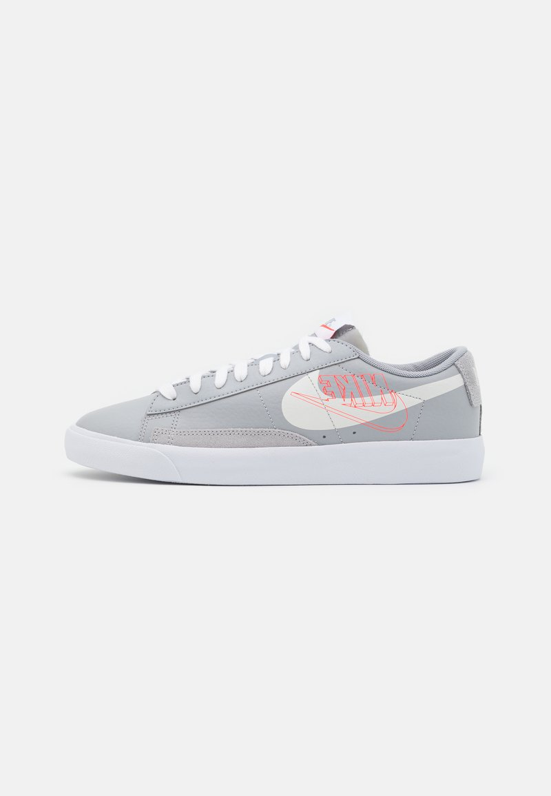 Nike Sportswear - BLAZER UNISEX - Joggesko - wolf grey/sail/bright crimson/white