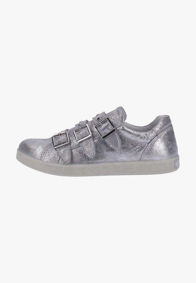 Sneakers laag - silver
