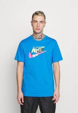 TEE SPRING BREAK - Print T-shirt - photo blue