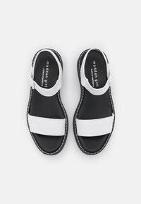 Madden Girl - HARIS - Platform sandals - white paris - 5