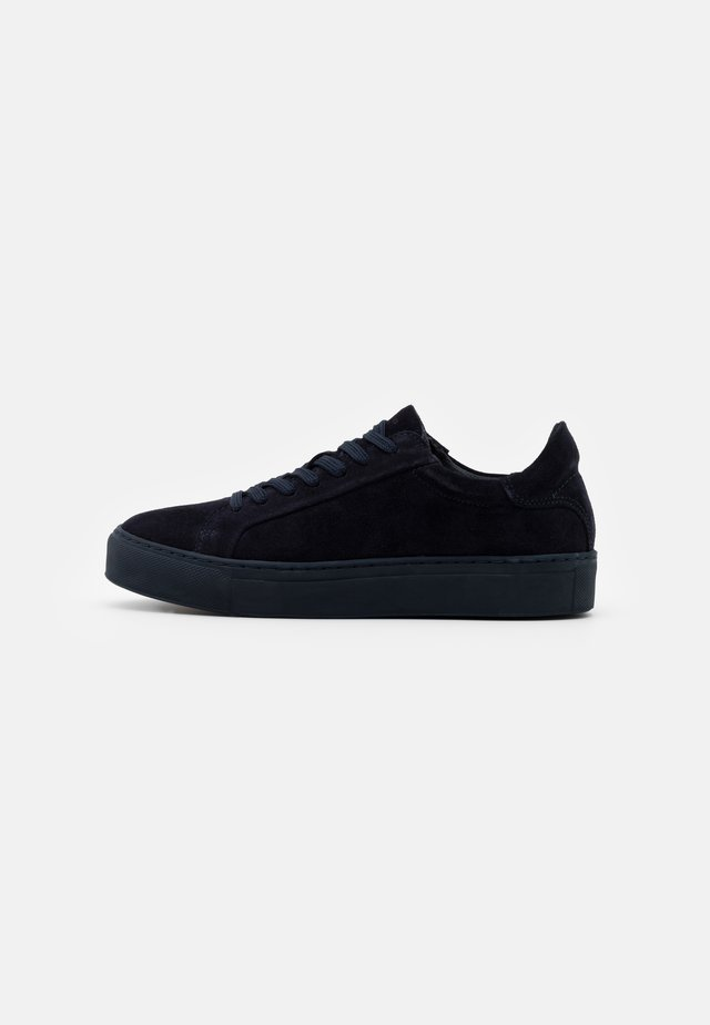 SLFDONNA NEW TRAINER - Baskets basses - dark sapphire