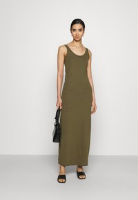 Vero Moda - Maxi šaty - ivy green - 1