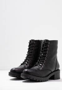 Bianco - BIACLAIRE - Lace-up ankle boots - black - 4
