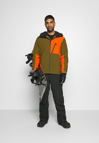 Quiksilver - CORDILLERA - Snowboard jacket - military olive - 1