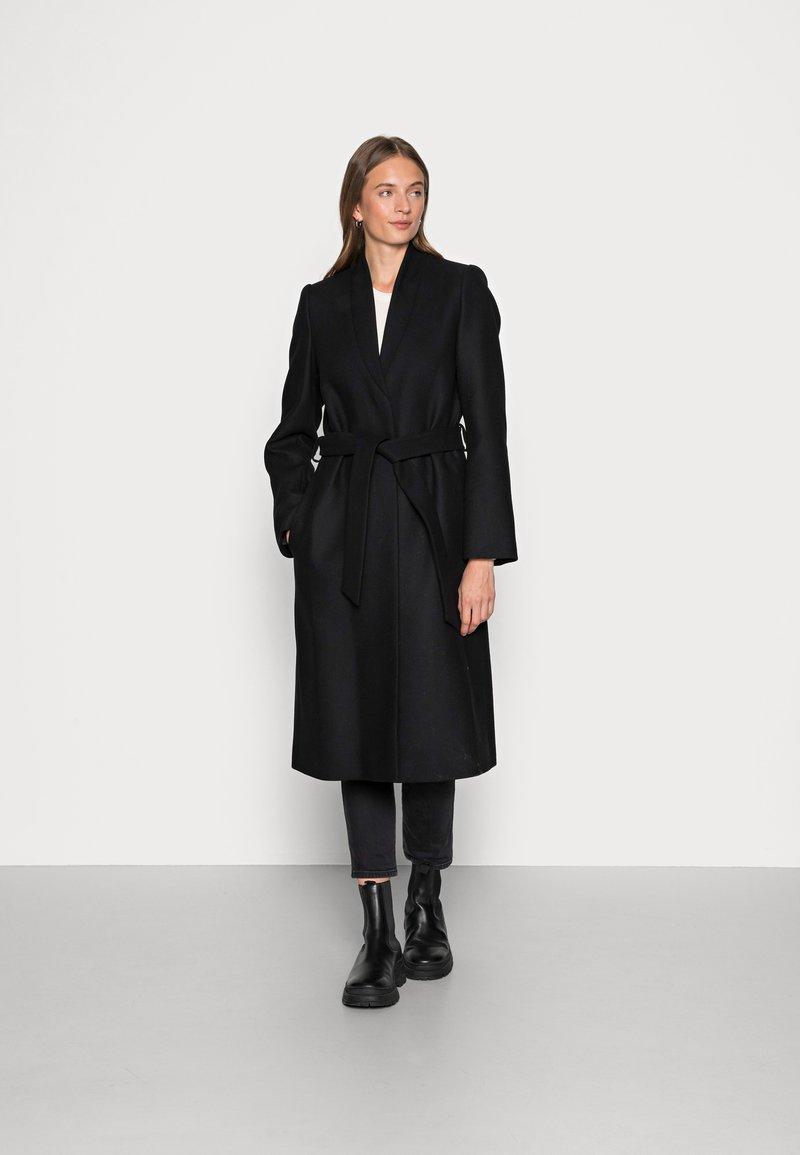IVY & OAK - CHRISTINA - Classic coat - black