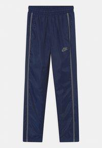 Nike Sportswear - TRACK SUIT SET UNISEX - Tepláková souprava - midnight navy/smoke grey - 2
