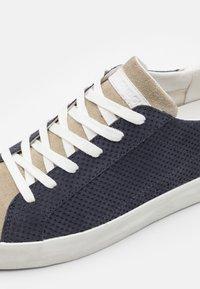 Crime London - Sneakers basse - navy - 5