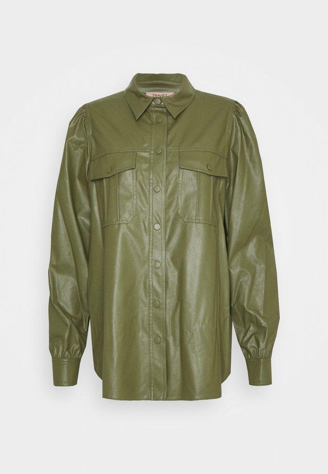 CAMICIA - Button-down blouse - verde alpino