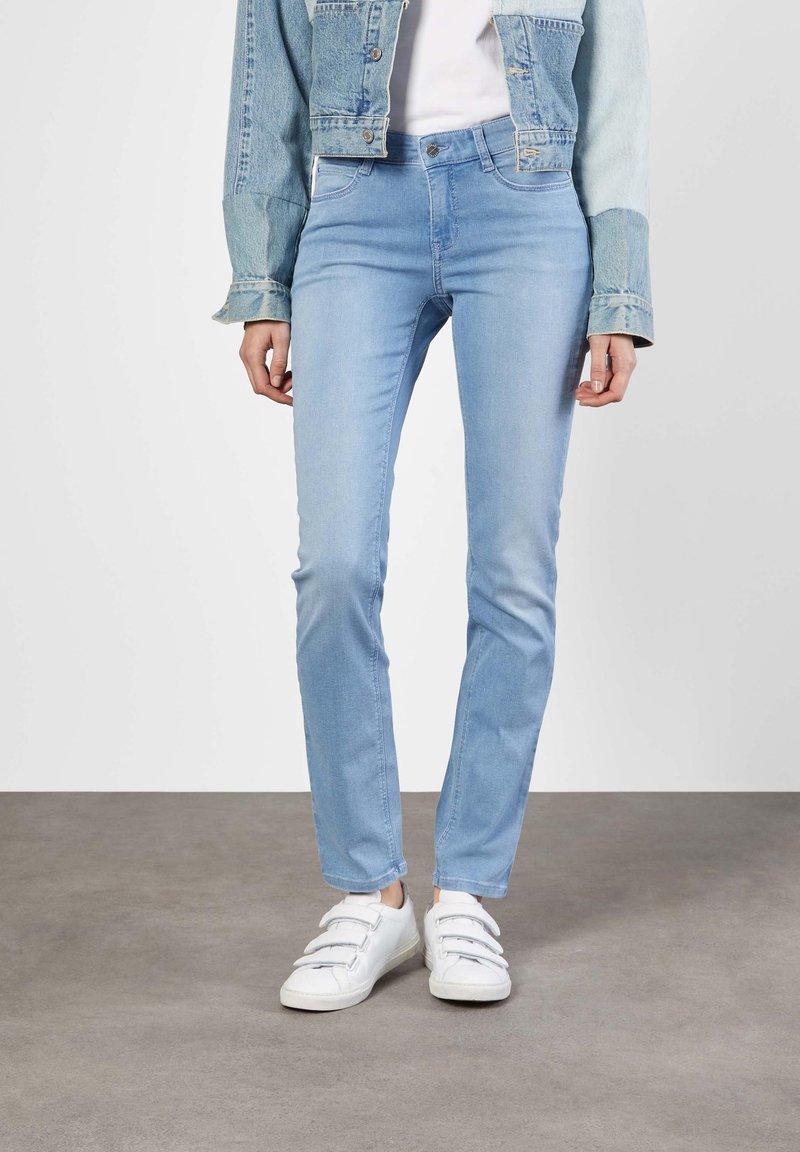 MAC Jeans - DREAM  - Straight leg jeans - blue