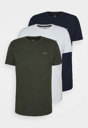 MULTI SEASONAL CREW 3 PACK - Basic T-shirt - white/green/dark blue