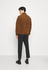 Banana Republic - BUTTON JACKET - Fleece jacket - bronze brown - 2