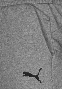 Puma - TEAMGOAL 23 CASUALS TRAININGSSHORT HERREN - Träningsshorts - medium grey heather - 2