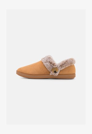 COZY CAMPFIRE - Slippers - chestnut