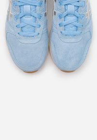 ASICS SportStyle - LYTE CLASSIC - Sneakers - blue bliss/pure silver - 5