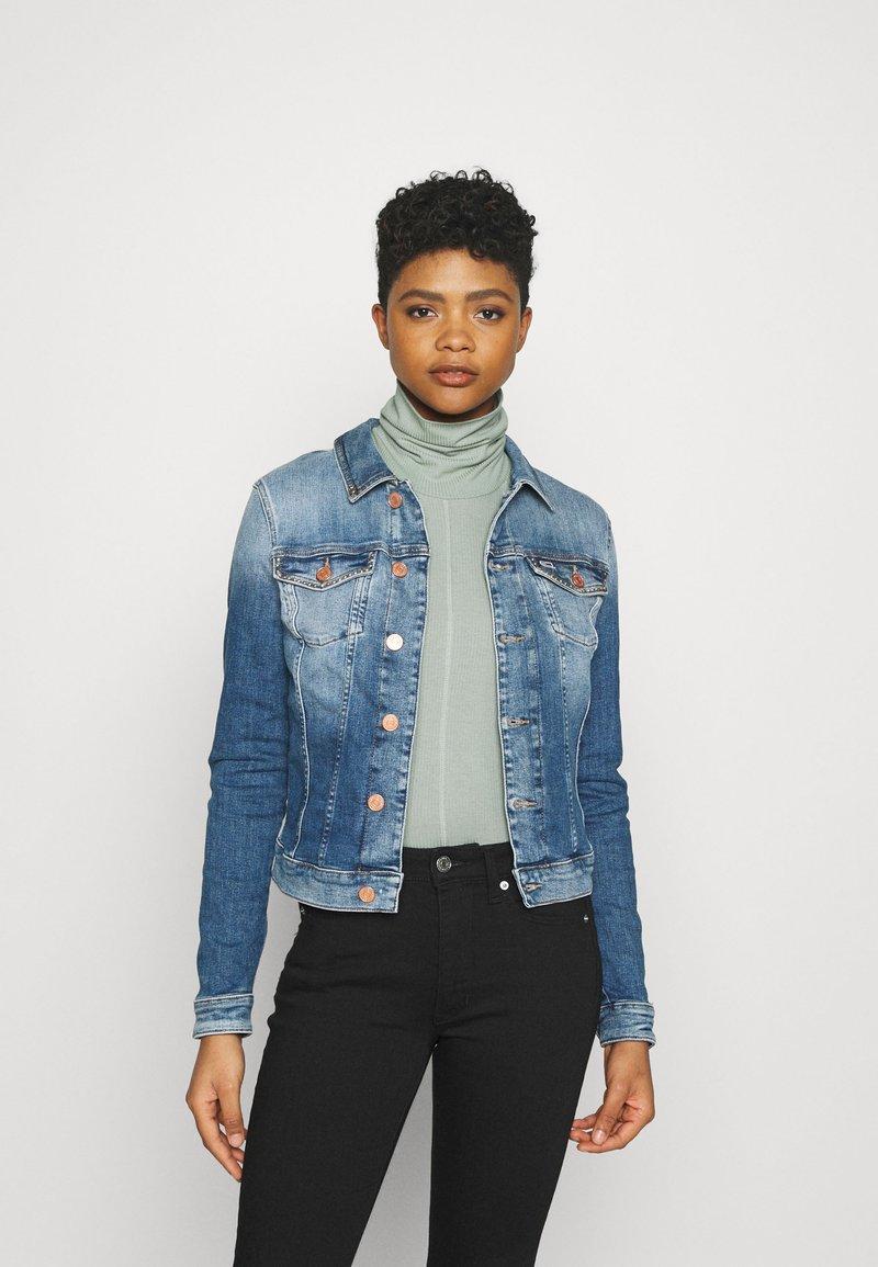 Tommy Jeans - VIVIANNE SLIM - Denim jacket - harlow mid blue stud