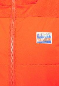 Billabong - DOWN RIDER - Snowboard jacket - samba - 6