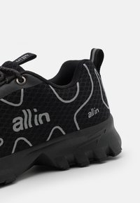all in - TENNIS UNISEX - Trainers - black - 5