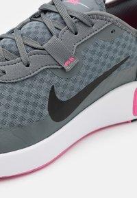 Nike Sportswear - REPOSTO - Trainers - smoke grey/black/pink glow/photon dust/white - 5