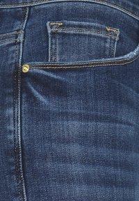 Frame Denim - LE PIXIE SYLVIE - Straight leg jeans - stallion - 2