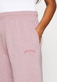 BDG Urban Outfitters - PANT - Tracksuit bottoms - bubble gum - 4