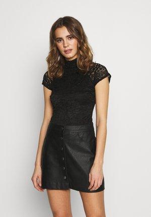 LACE BODY - T-shirt z nadrukiem - black