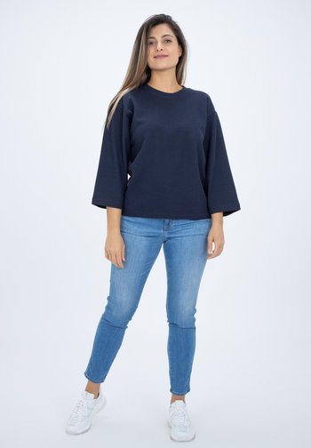 LONG SLEEVED STRUCTURED JERSEY