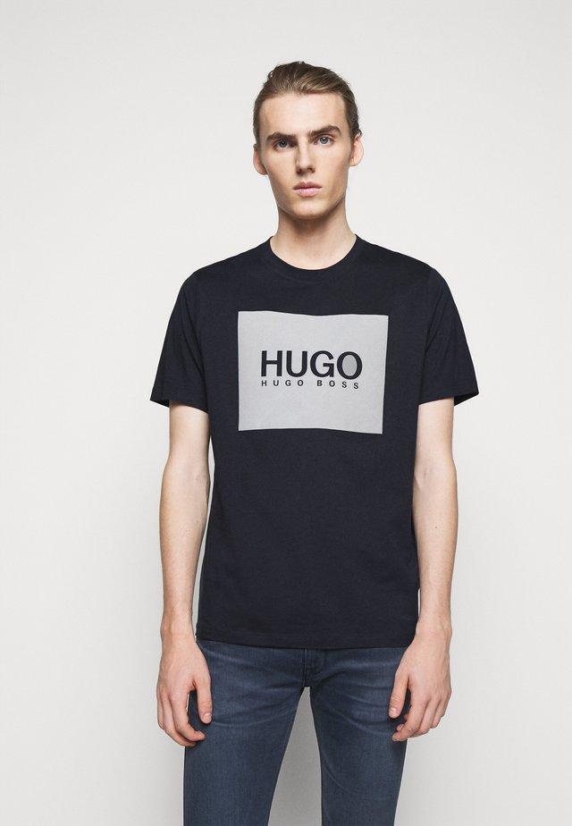 DOLIVE - Camiseta estampada - dark blue