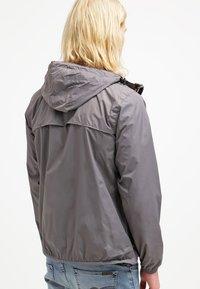 K-Way - CLAUDE UNISEX - Summer jacket - grey - 2