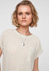 QS by s.Oliver - Print T-shirt - beige stripes - 3
