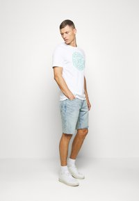 GAP - Denim shorts - light wash - 1