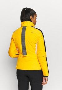 Kjus - WOMEN FORMULA - Skijakke - go hon yellow - 3