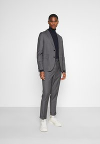 Isaac Dewhirst - UNSTRUCTURED DRAWCORD  - Completo - grey - 1