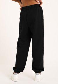 Pimkie - MOLTON - Pantalon de survêtement - schwarz - 2