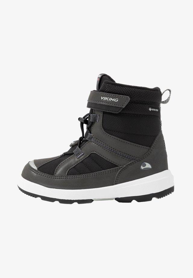 PLAYTIME GTX - Stivali da neve  - charcoal/black