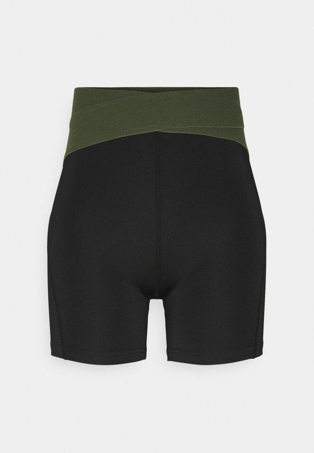 Tights - black/green