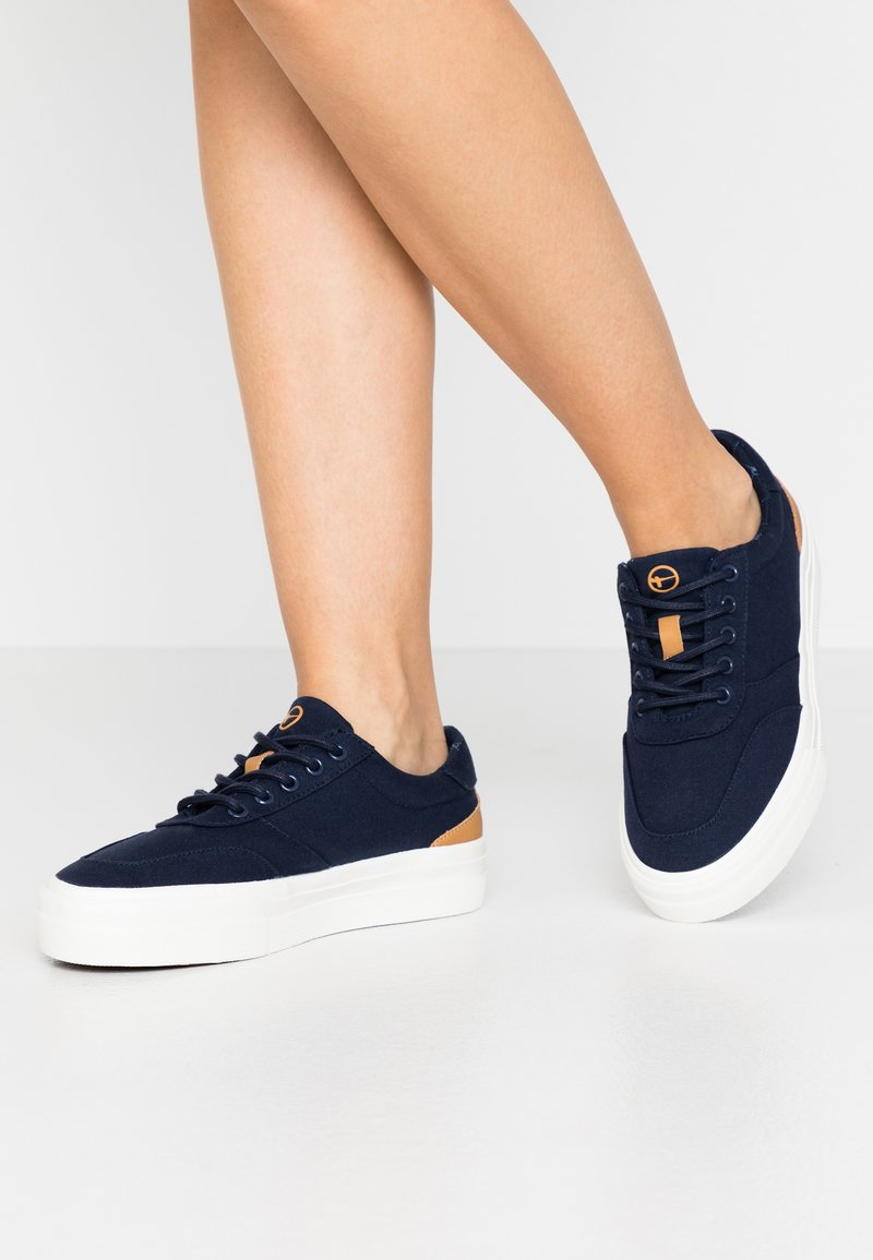 Tamaris - LACE UP - Sneakers laag - navy
