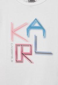 KARL LAGERFELD - T-Shirt print - white - 2