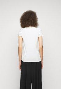 WEEKEND MaxMara - SELVA - Print T-shirt - weiss - 2