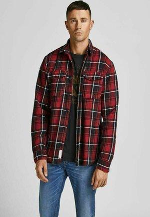 JPRBLUWOODLAND - Shirt - brick red