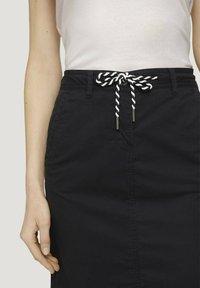 TOM TAILOR - Pencil skirt - deep black - 4