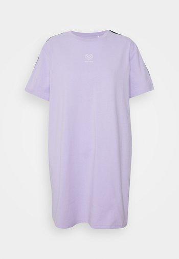 VIVID DRESS - Vestido de deporte - lilac