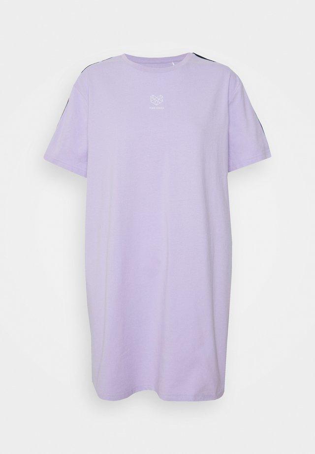 VIVID DRESS - Urheilumekko - lilac